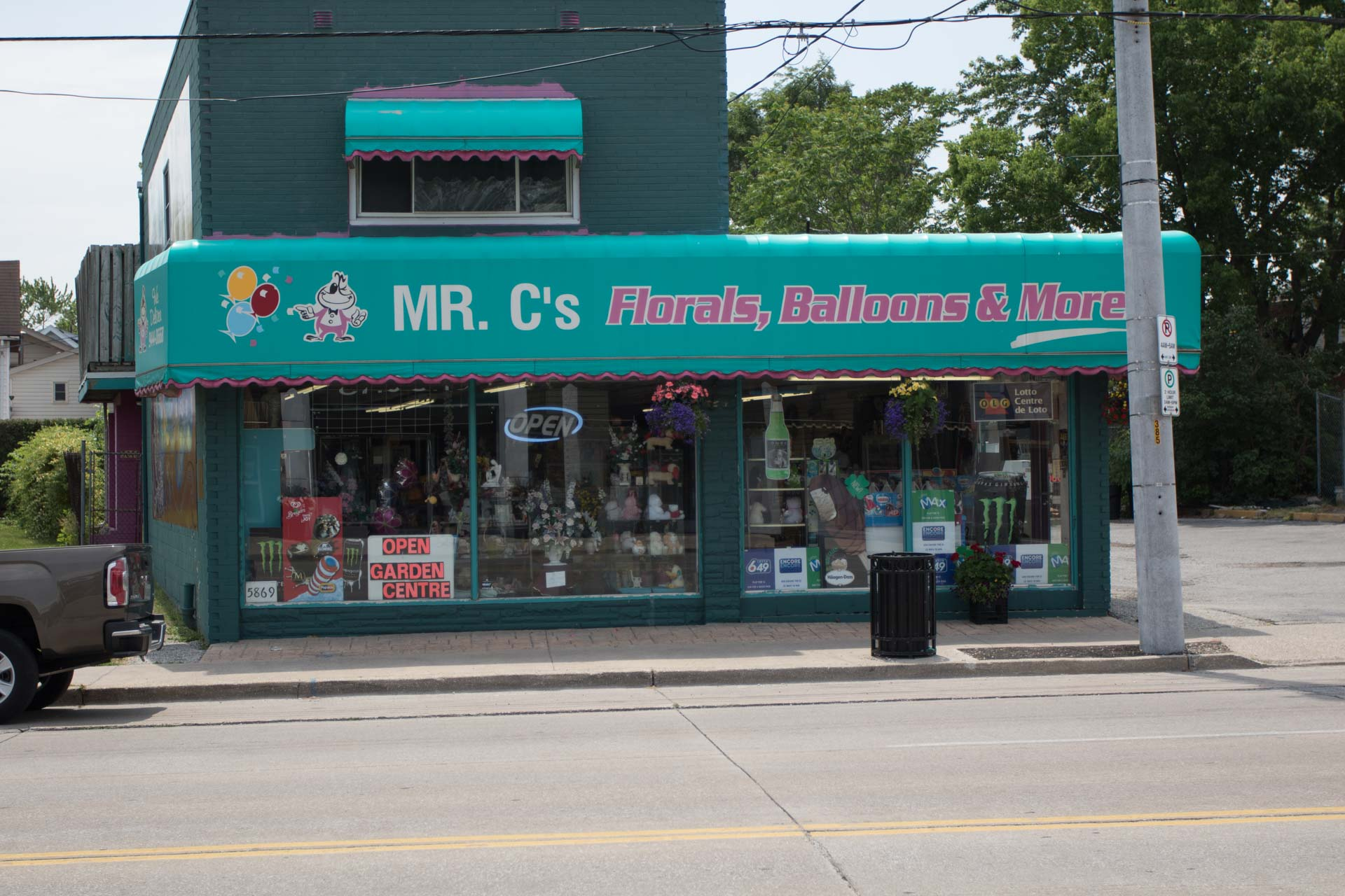 MR. C's Floral & Balloons