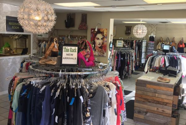 Rhyan's Mess Upscale Consignment Boutique